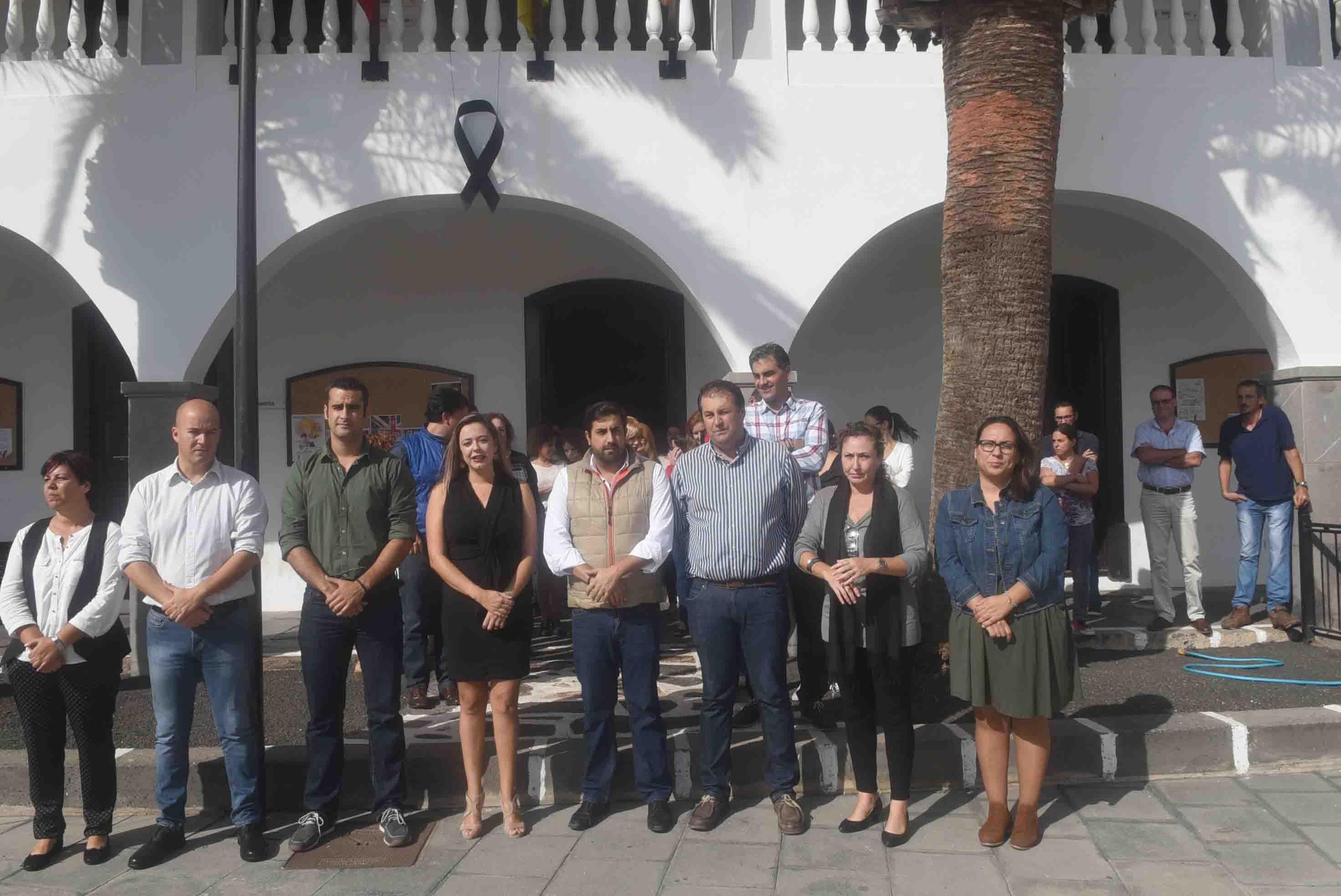 Minutos de silencio por los siete inmigrantes muertos en Lanzarote